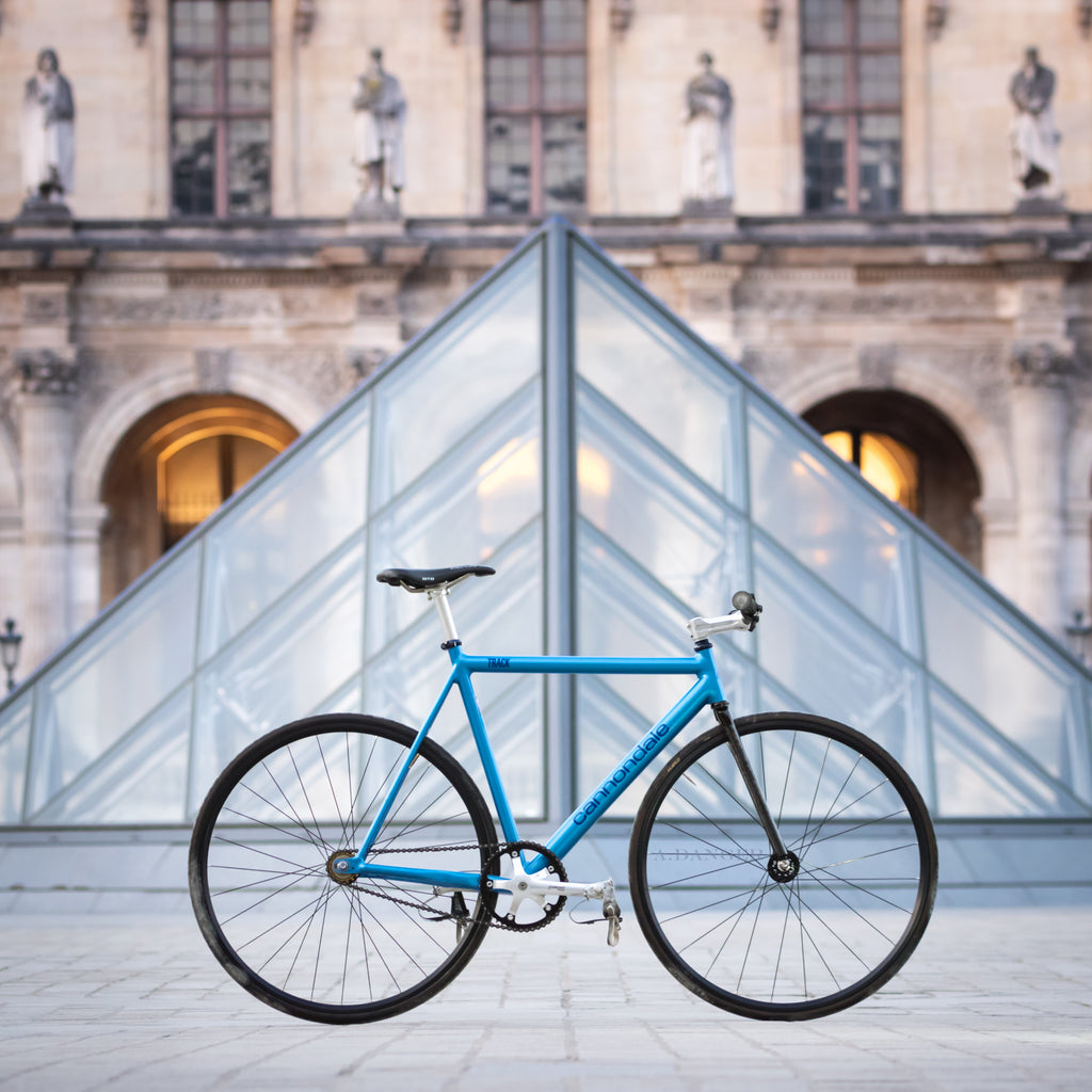 fixed gear bike louvre