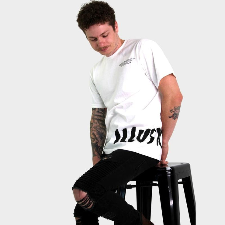 CLASSIC TEE - WHITE - Illusion Apparel Co.