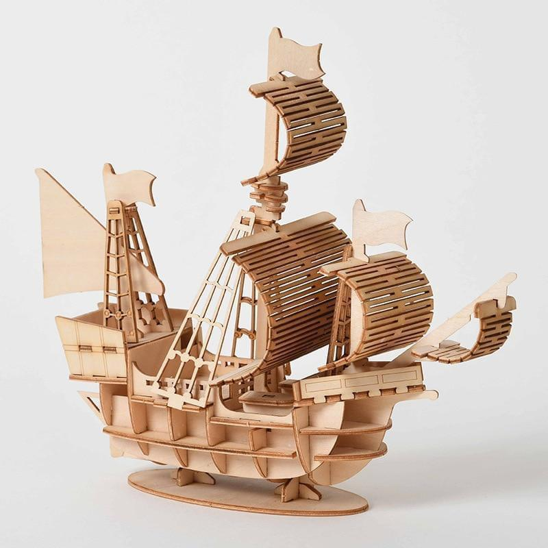 Sailing Ship 3D Wooden Decoration - Gift Canadian