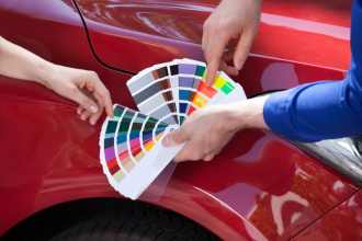 Has the paint on your car been scratched? Click here to learn how to touch up car paint on your car without spending hundreds of dollars!