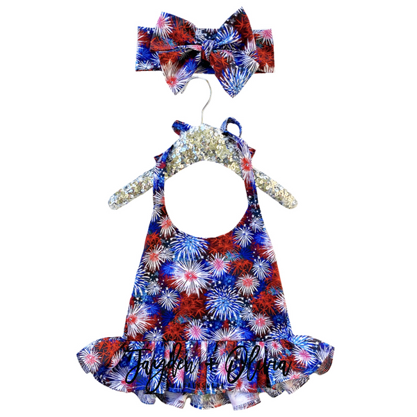 FiReWoRk Ruffled Halter Top