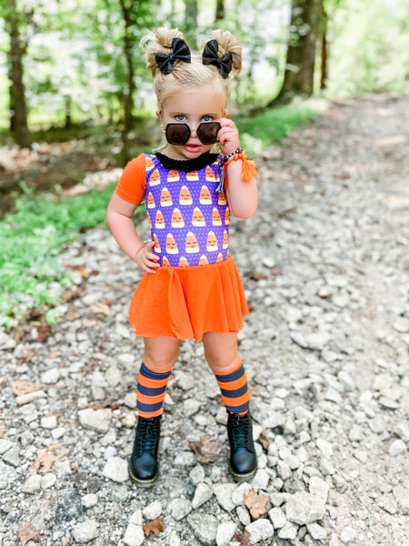 Orange Lrg Stripe Knee High Socks