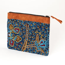 "Load image into Gallery viewer, Zipper Pouch- ""Jambo"""