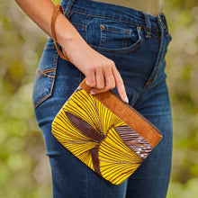 "Load image into Gallery viewer, Wristlet Purse- ""Amaryllis"""
