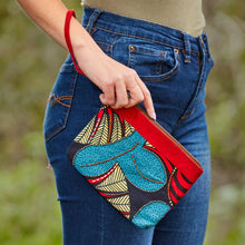 "Load image into Gallery viewer, Wristlet Purse- ""Summer's Sun"""