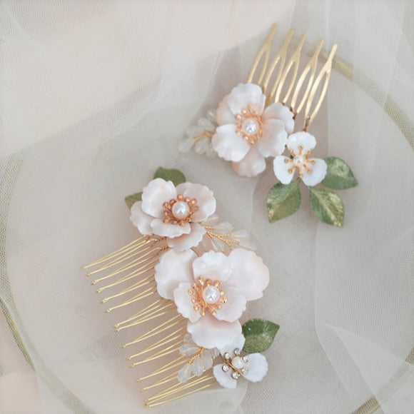 white flora boho bridal hairpiece hair comb for wedding, white headpiece, white flower hair pins, Bridal Headpiece for Wedding for bridesmaid