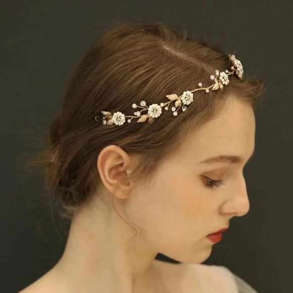 boho clay floras bridal hairpiece for weddings, daisy flower hairpiece headband, white floras hair vine