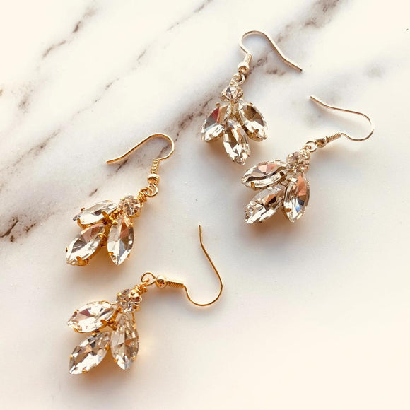 CRYSTAL BRIDAL EARRINGS, Wedding Earrings, Swarovski Bridal Earrings, Gold silver Wedding Jewelry, Crystal Cluster Droplet, Bridesmaids gift