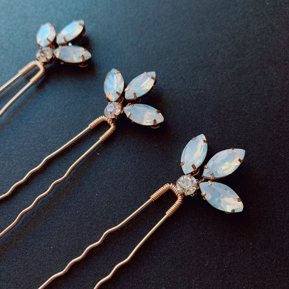 Opal Crystal hair pins set of 3, Opal gold silver hair pins, Wedding moonstone crystal headpiece, Crystal hair accessories, bridal hair pins, bridesmaid hair pins