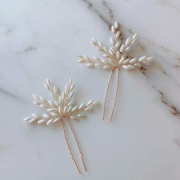 Wedding pearl hair pins Bridal pearls hair pins Ivory hair accessory for bridesmaid