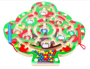 Wooden children's magnetic maze