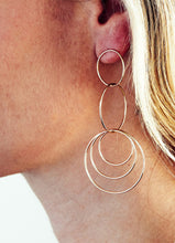 Load image into Gallery viewer, Golden Circle Statement Drop Earrings