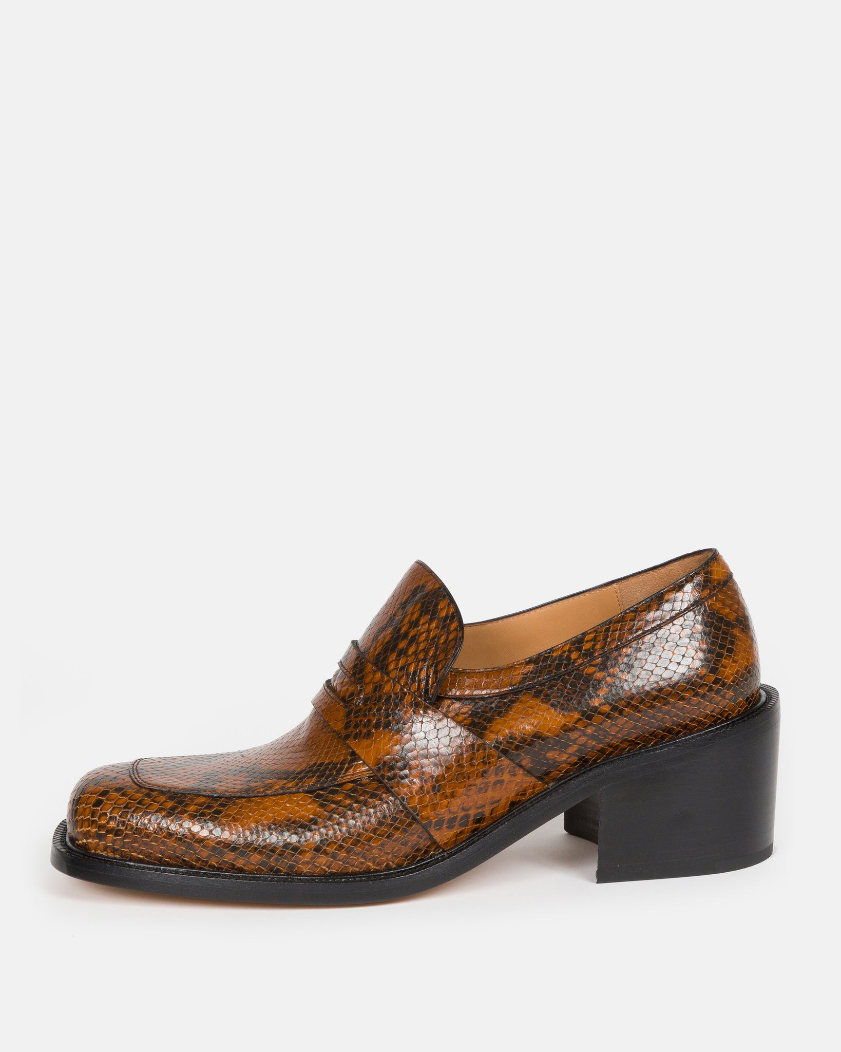 MW28/042 penny loafers