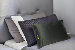 Load image into Gallery viewer, Silk by TBG - Towels by GUS Silk Pillow Cases