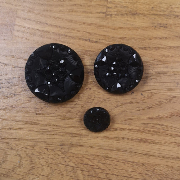 Sparkly Black Shank Button