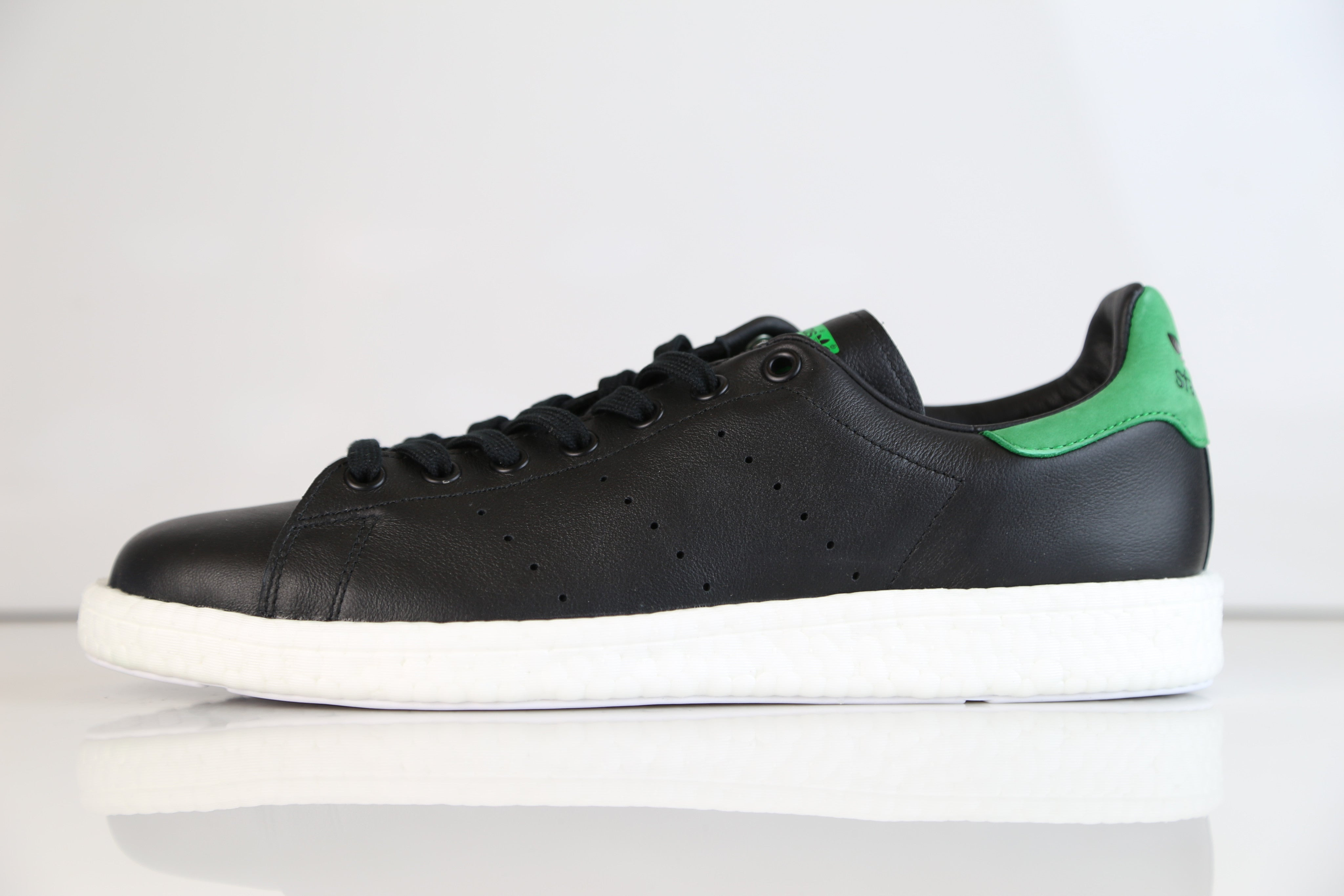 first rate 995bb 03271 Adidas Originals Stan Smith Boost Core Black Green BB0009  Z
