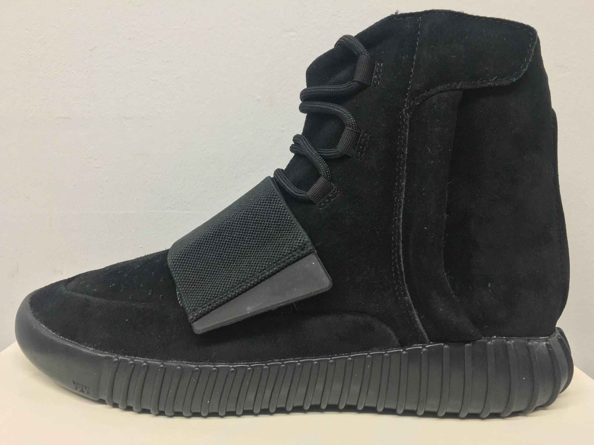 6283d631a Adidas X Yeezy Boost 750 Triple Black