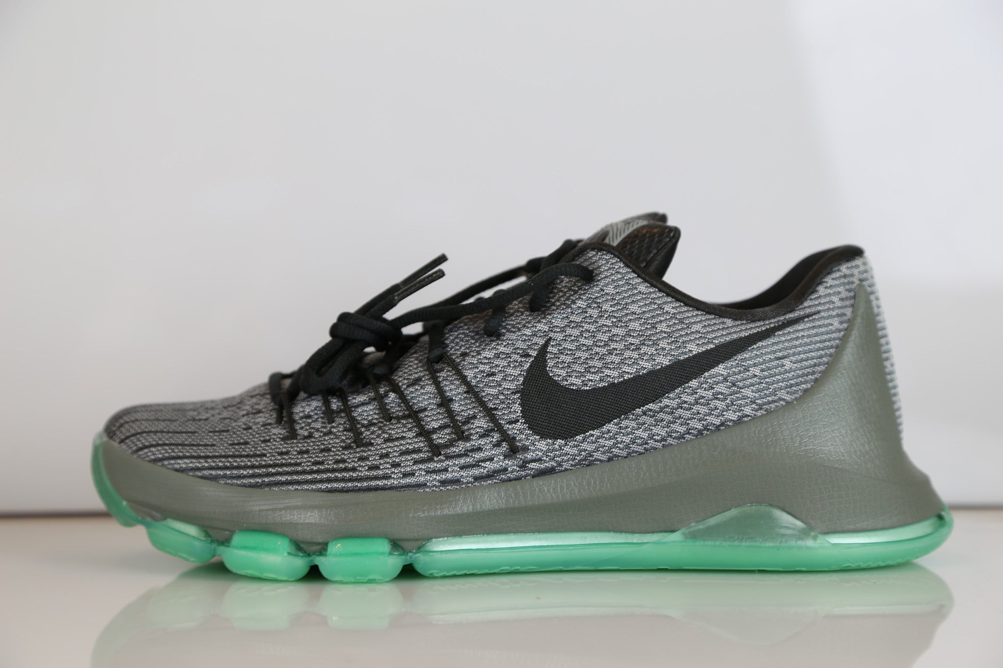 f23472bd0866 Nike KD 8 Hunts Hill Night Night Silver Pewter Green Glow 749375-020