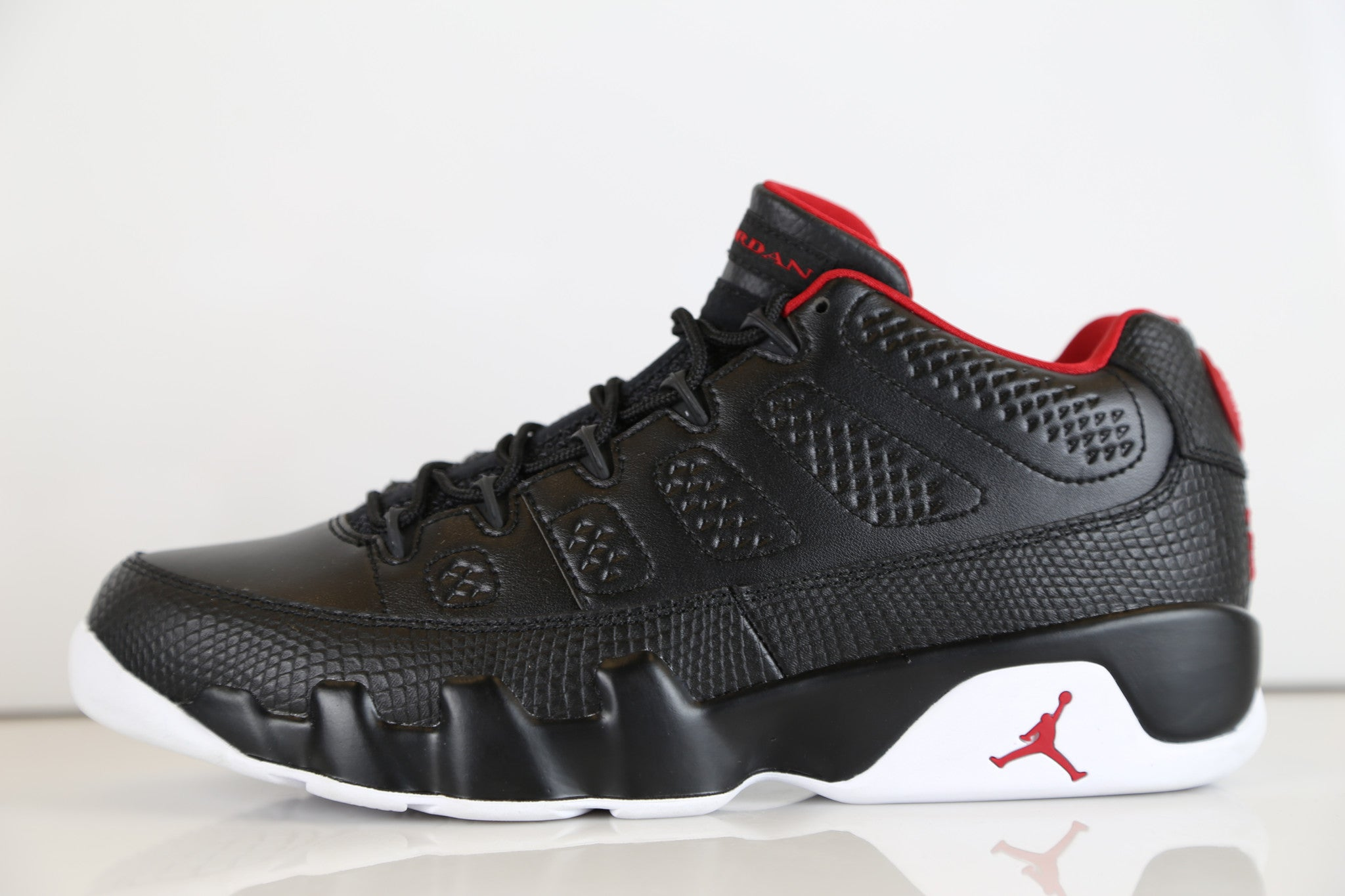 sneakers for cheap d0edd e58bc Nike Air Jordan Retro 9 Low Bred Black Red 832822-001   Zadehkicks