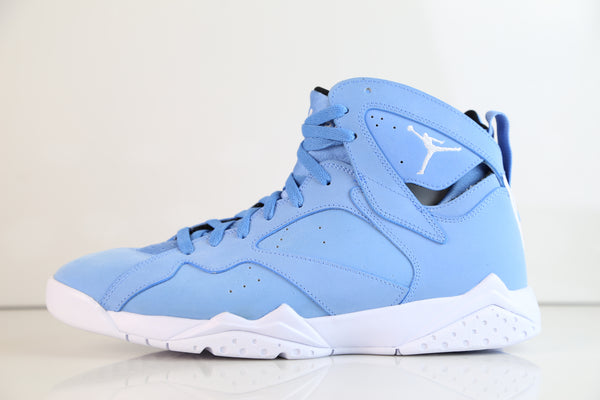 newest 575a8 66c82 Nike Air Jordan Retro 7 (Pantone) University Blue White ...