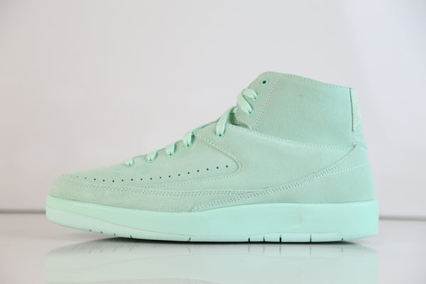 Nike Air Jordan Retro 2 Decon Mint Foam Suede 897521-303