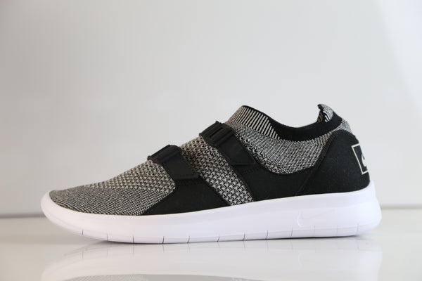 Nike Air SockRacer Flyknit Black Pale Grey White 898022-004