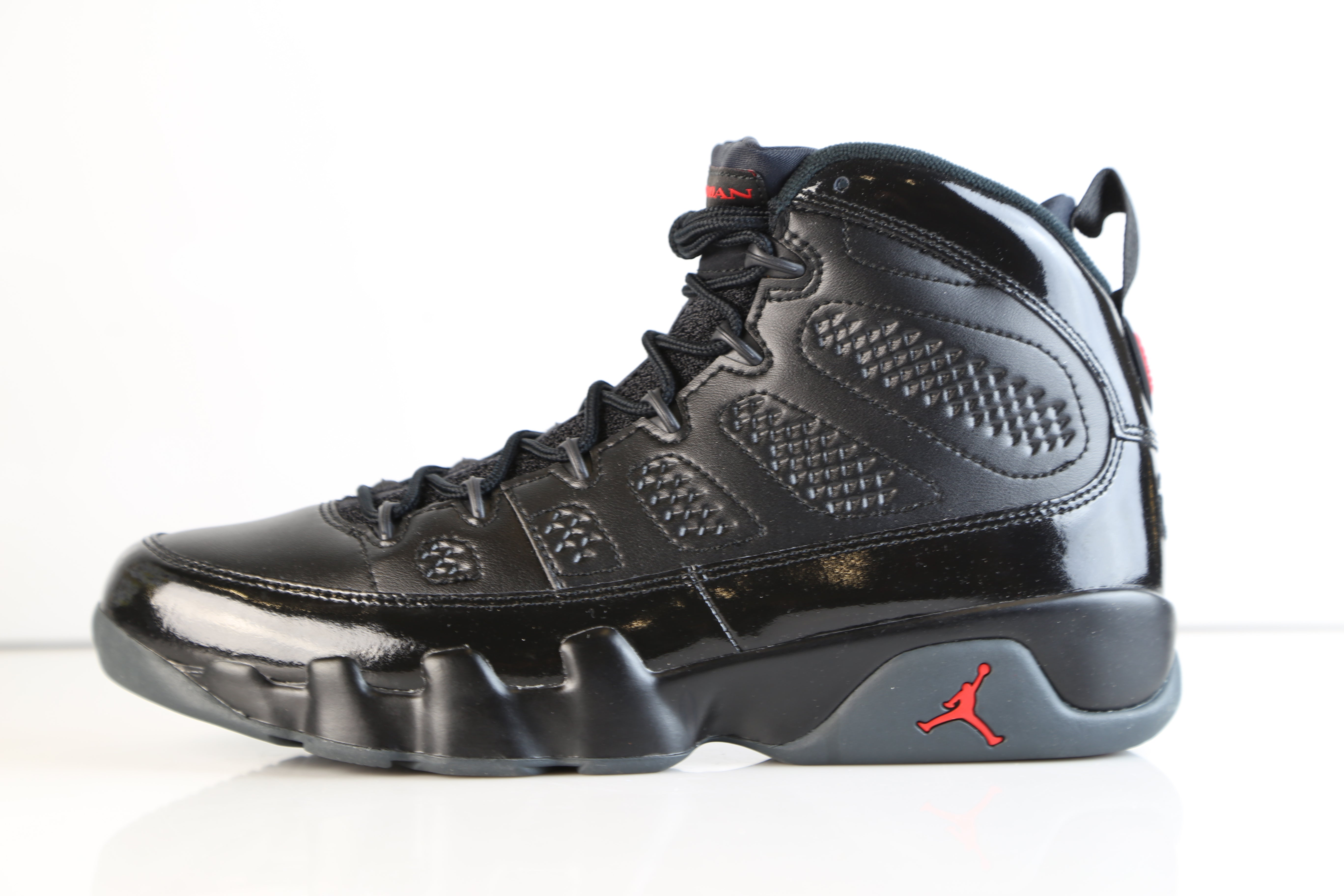 big sale 7fc5d d7e40 Nike Air Jordan Retro 9 Bred Black Anthracite University Red ...