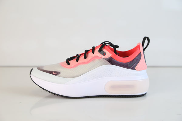 Nike Womens Air Max DIA SE QS Off White Black White AV4146-100