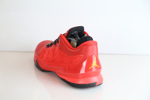 5d004685f404a2 ... Nik Air Jordan CP3.VIII Challlenge Red Tour Yellow 684855-605 ...
