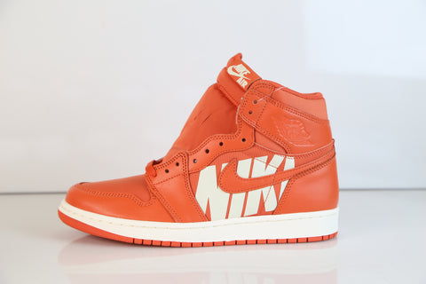 Nike Air Jordan Retro 1 High OG Vintage Coral Sail 555088-800
