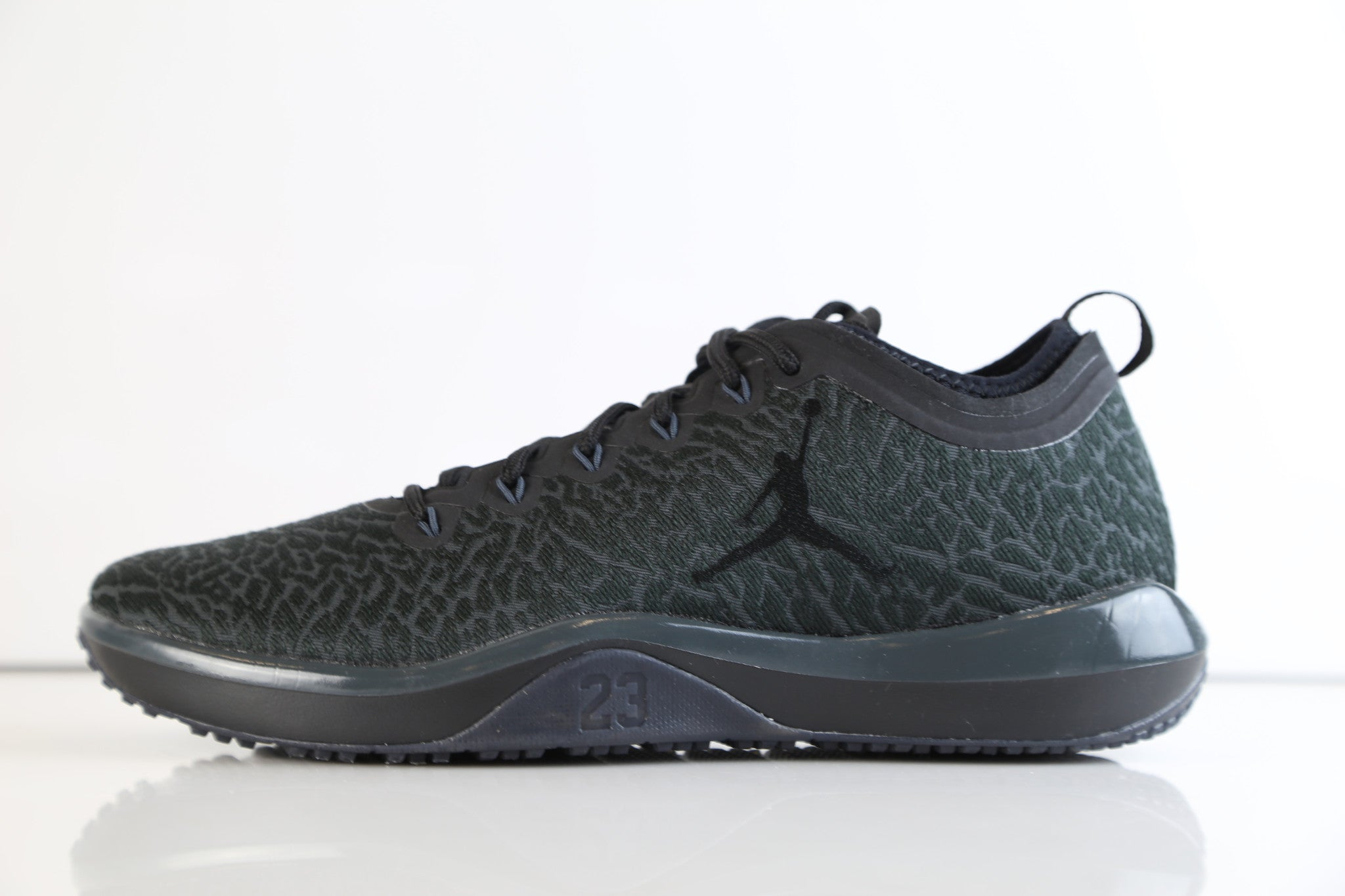 fd4eca5d9d4cd0 Nike Air Jordan Zoom Trainer 1 Low Black Anthracite 845403-002 ...