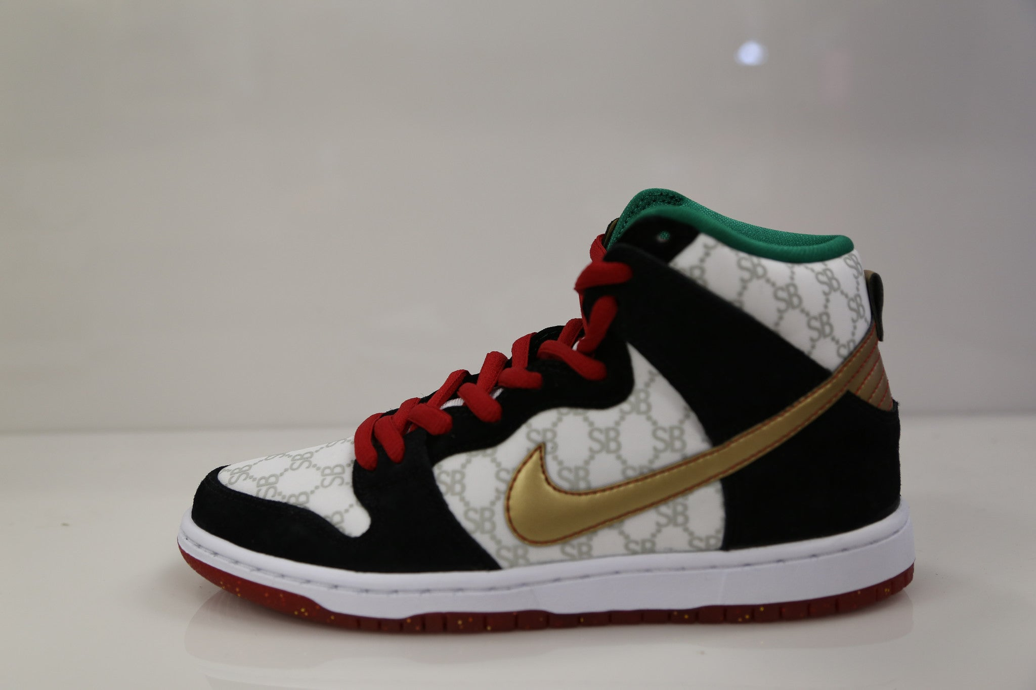 f16321a42a54 Nike Dunk High Premium SB Black Sheep Gcci 313171-170 7deq.JPG v 1403919192