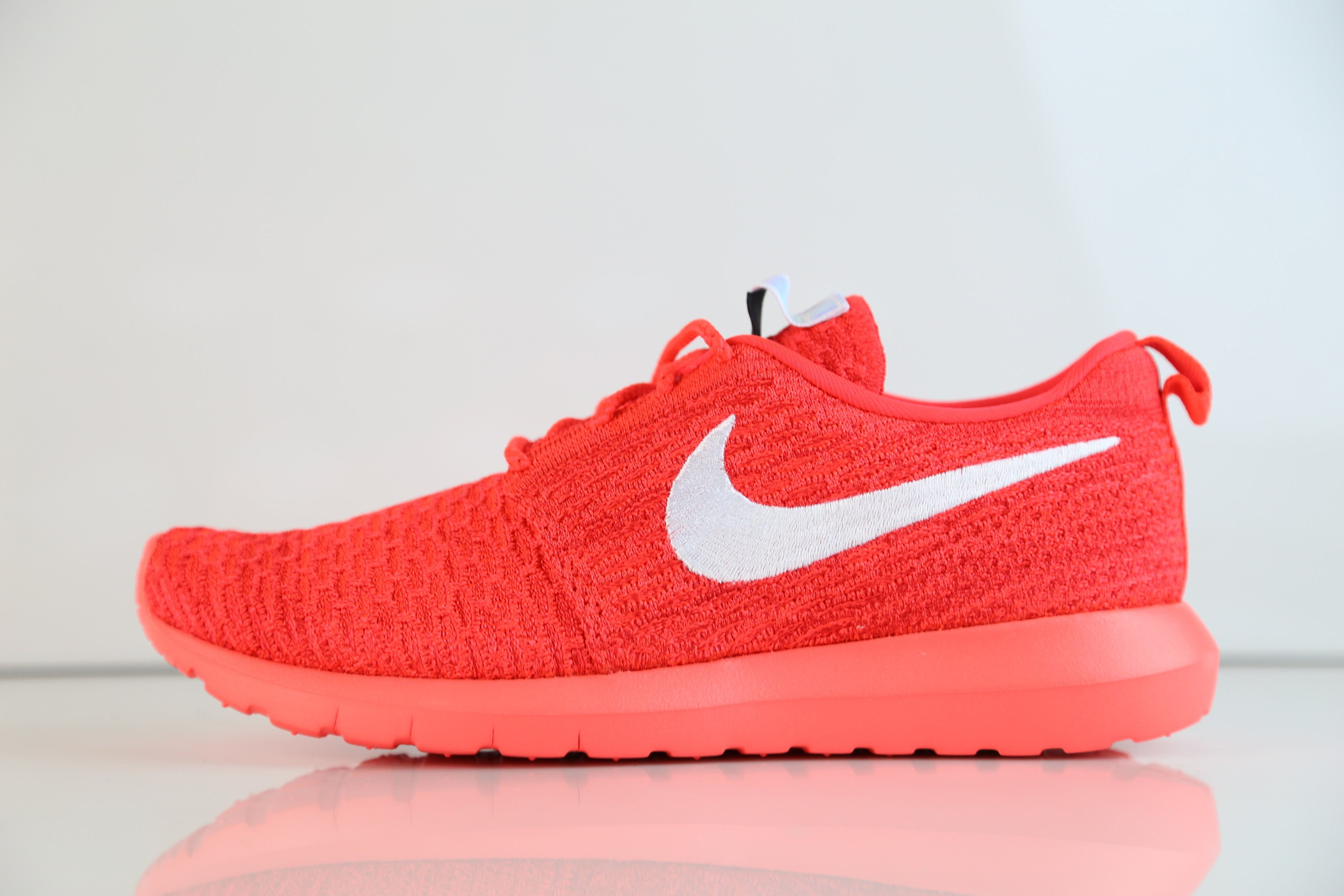 3b617b1865c5 Nike Roshe Run Flyknit Bright Crimson White 677243-604