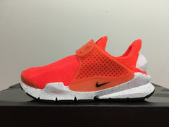 Nike Sock Dart SE Total Crimson 833124-800