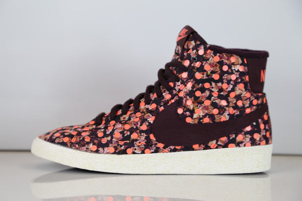 Nike Womens Blazer X Liberty of London LIB VNTG Mid QS 529037-600