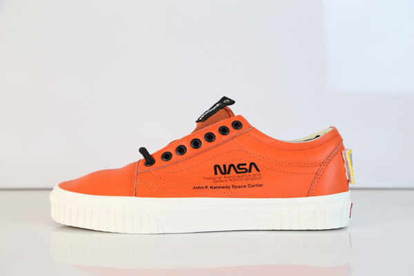 Vans NASA Old Skool Space Voyager Firecrker Orange VN0A38G1UPA