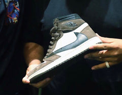 Nike Air Jordan Retro 1 High OG X Travis Scott Black Brown 2019 (Ships MAY+) PRE ORDER