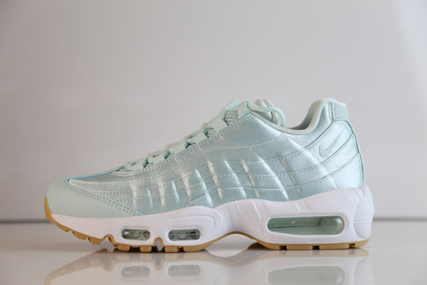 Nike Womens Air Max 95 WQS QS Fiberglass Satin Mint 919491-301