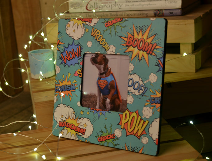 Photo Frame Pow Cartoon