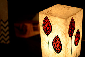 Love My Space Collection - Read Leaf LED Table Lamp