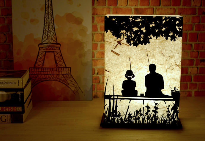 Bonding Time LED Table Lamp