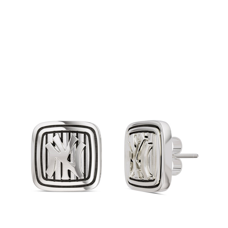 New York Yankees Pinstripe Logo Plaque Stud Earring In Sterling Silver