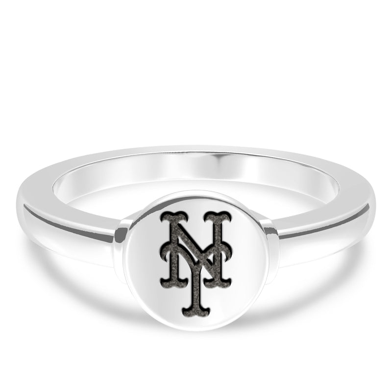 New York Mets Logo Engraved Ring In Sterling Silver