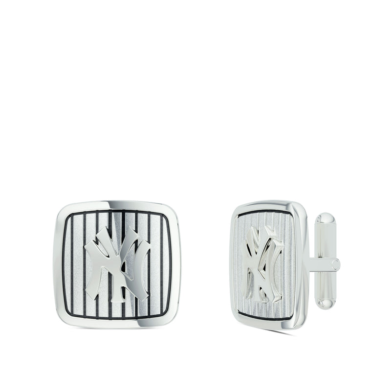 New York Yankees Pinstripe Logo Rounded Cufflink In 14K White Gold