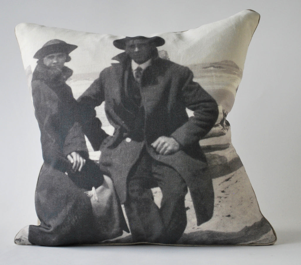 Honeymoon Pillow P1132