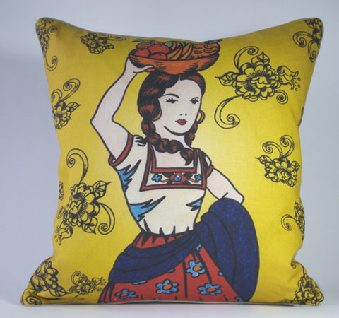 Senora Mercado Pillow P1179