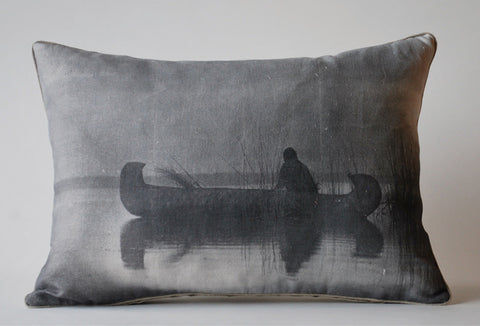 Canoe Pillow, Med. P1022