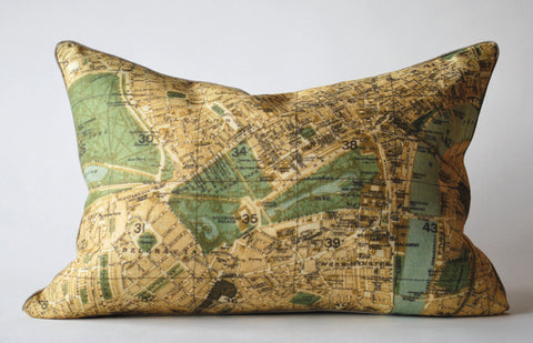 London Map 1 Pillow P1030