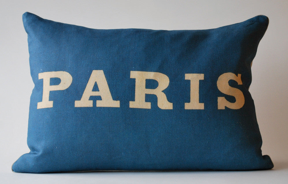 Simply Paris Pillow, Large P1056