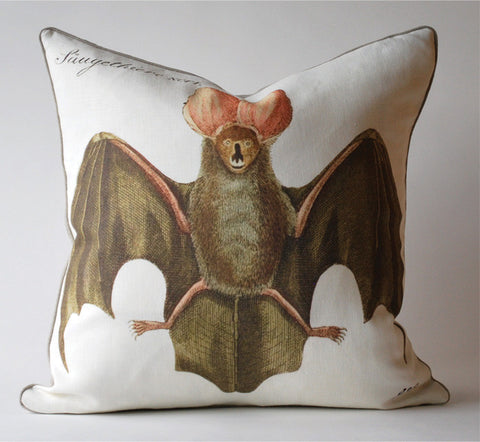 Batty Pillow P1067